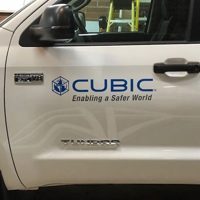 Cubic vehicle sign