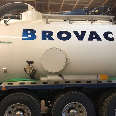 Brovac letter sign on a tanker